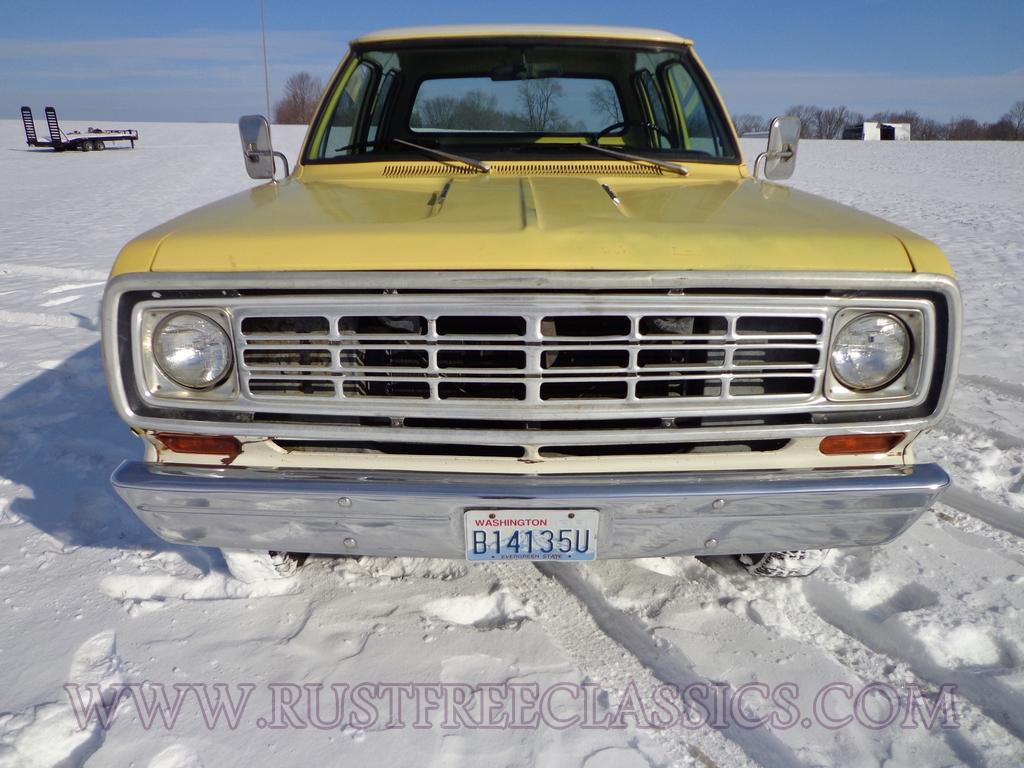 1975 Dodge W200 Short Bed Crew Cab 360 4x4 75 Power Wagon Yellow White